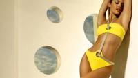 bikini modelleri 2011