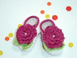 Çiçekli bebek patiği modelleri