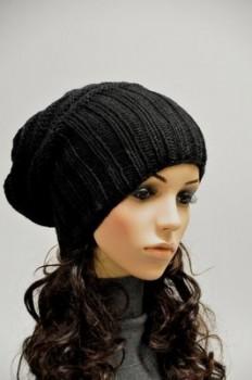 siyah derya baykal şapkaları