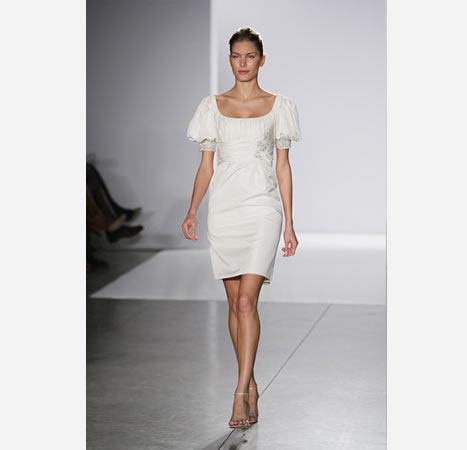 beyaz kisa kollu abiye modelleri kısa kollu abiye elbise modelleri