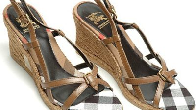 2011 Burberry Ayakkabı Modası