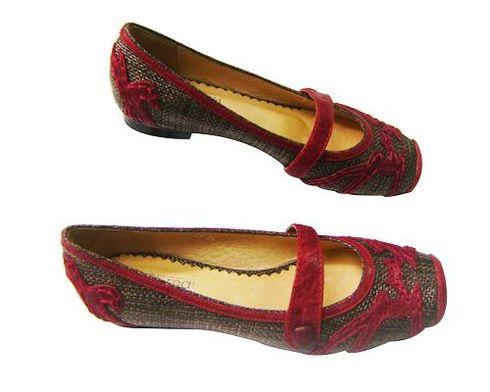 ucuz kirmizi deri bayan ayakkabi modeli Ucuz Ayakkabı Fiyatları