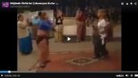 Düğünde Birbirini Çekemeyen Kızlar Kavga ettiler