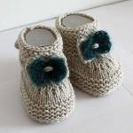 Şık ve kullanışlı örgü bebek bot modelleri